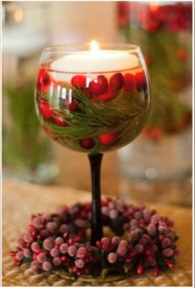 svícen ze sklenice na víno